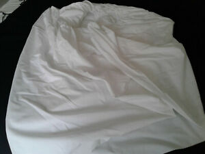 """Helena Springfield Double Size White Fully Fitted Sheet.11""""corners"""