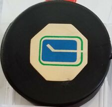 Vintage Art Ross Converse Vancouver Canucks Puck 1969-1977 Rubber Crest Game USA