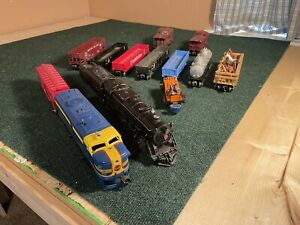 Lionel Post war Engines and Cars
