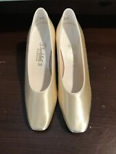 Dyeables 11 Women's  Grace Color April White Satin Size 6B