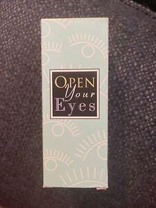 Mary Kay Plastic Pink & Green Eyelash Curler No-Pinch New W/BOX Discontinued