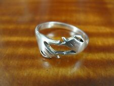 925 Ring Size 5 1/2 Two Hands Together Band Sterling Silver