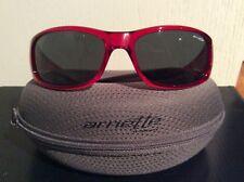 Arnette sostener 202487 Gafas De Sol-Rojo W Lente Gris-AN4139-07 BNWT