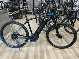 Giant EXPLORE E+ 4 ELECTRIC BIKE large 60 miles only