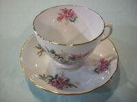 ROYAL VALE BONE CHINA MaDE iN ENGLaND~RiDGWAY PoTTERiES~CuP/SAUCeR~PiNKs~GT RiM
