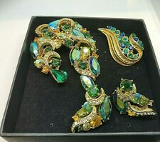 VINGAGE 1950'S BROOCH  , EARRINGS AND BROOCH   BOX OF BLING !