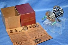 NICE! OLD VINTAGE FISHING ROD REEL ENGRAVED WARDS SPORT KING 69 COLLECTIBLE LURE