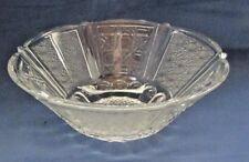 DEPRESSION CRYSTAL GLASS SERVING BOWL DAISY AND DIAMOND AND BUTTON