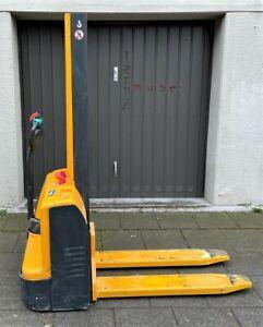 """elektrische Hubameise """"Jungheinrich"""" Typ EMC 110, Baujahr 2011, max. 1000 kg"""