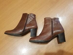 Wonders Womens Brown Leather Elastic Sided Ankle Boots Size 40EU Made in Spain