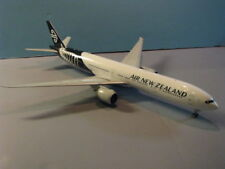 JC WINGS (JC2ANZ806) AIR NEW ZEALAND 777-300ER 1:200 SCALE DIECAST METAL MODEL
