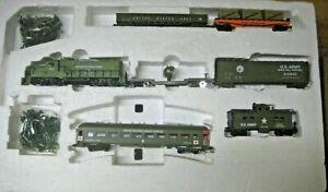 HO MILITARY TRAIN SET #MRR-030321-1 GP-20 LOCO WITH 6  CARS US ARMY TRAIN SET