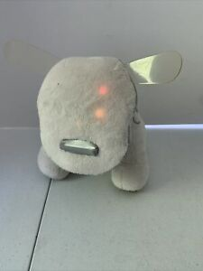 Hasbro IDog Soft Plush Speaker White Lights Up Sound Works Great