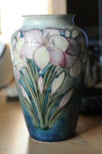 Moorcroft globular Vase Wisteria design 1930's