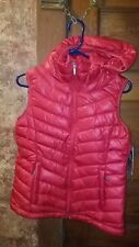 NWT LADIES RED PUFFER VEST, LRG