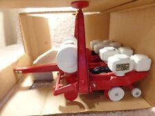1984 White Farms Equipment 1:16 Scale Models Diecast Seed Boss Planter