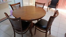 Round Contemporary Dining Furniture Sets