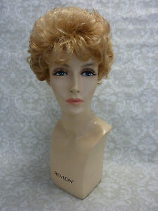 ADLOFO SMALL WONDER SHORT WAVY WIG. RRP:90.00