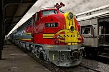 Santa Fe F Warbonnet 20x30 train photo canvas wall art vintage diesel locomotive