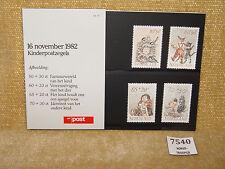 Pays-Bas kinderpostzegals Enfants & animaux présentation Pack 1982 PTT POST