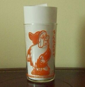 Sleepy Orange Glass Tumbler Snow White & Seven Dwarfs Disney Vintage 1938 Promo