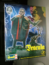 discontinued 2009 Revell 85-6517 1/8 Dracula Universal Monster new in the box