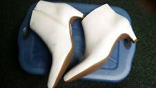 Fabulous White Go-Go Ankle Boots, sz 10