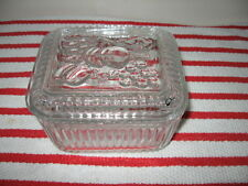 "Anchor Hocking Clear Ribbed Refrigerator Jar w Embossed Fruit Lid 5""x4.5""x3.5"""