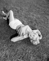 Marilyn Monroe 8x10 Photo (MM-12)