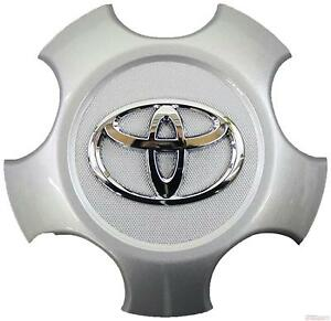 OEM TOYOTA RAV4 WHEEL CENTER CAP WITH CHROME EMBLEM 4260B-0R020 FITS 2006-2012