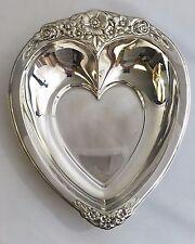 New listing International Silver Laurel Mist 648 Heart Shaped Candy Bon Bon Dish
