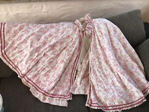 Antiker Hockmantel, Kinder Tragemantel  rot bedruckt  - alte Wäsche Umhang