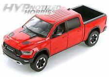 MOTORMAX 1:27 2019 RAM 1500 CREW CAB REBEL DIE-CAST RED 74358 N/B