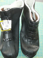 LaCrosse Size 16 Rubber Overshoes 00367190 Tracktion (Studded Outsole)