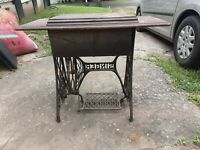 Antique Singer Sewing Machine G4820340 Oak Cabinet RARE One Drawer