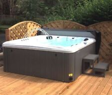 Brand New Hunter 5 Person Hot Tub With 2 Loungers and American Balboa Control
