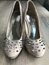 Couture Cream 4.5 inch Heels. Size 4 Spike and Stud Design. Like New Shoes High