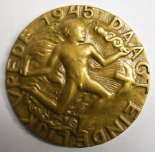 "RARE WWII 1945 ""THE ULTIMATE VICTORY"" DUTCH, EUROPEAN BRONZE MEDAL, NUDE MALE"