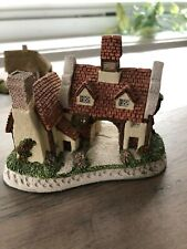 David Winter The Schoolhouse collectible cottage