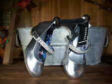 GEORGE GIRLS TODDLER DRESS SHOES SIZE 7 SILVER COLOR 1 INCH HEEL EASTER SHOES NE
