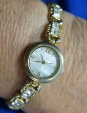 CHRISTIAN BENET FMDCB621 WHITE RHINESTONES BRACELET gold WASHED tone Watch A15