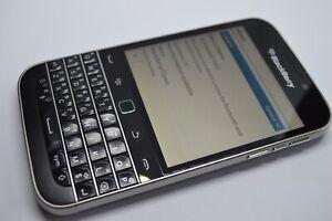 BlackBerry Classic 16GB Vodafone Smartphone - Black