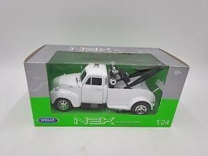 Welly - NEX Models - 1:24 Diecast - 1953 Chevrolet Tow Truck - White - #22086W