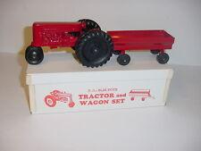 1/25 Vintage Deluxe Tractor & Wagon Set by Slik NIB!
