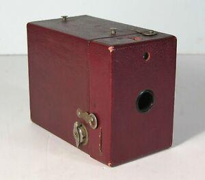 ca1926 KODAK RAINBOW HAWKEYE NO. 2 MODEL C BOX CAMERA DARK MAROON COLOR 120 FILM
