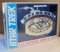 1/32 Scale Star Trek USS Enterprise Bridge Set Plastic Model Kit by AMT. 808/12