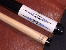 McDermott pool cue with Jacoby Edge Hybrid Shaft. 30 inch shaft.