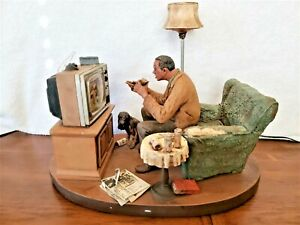 1/6 Michael Garman 1984 Man Watching Football On TV Sculpture Olympia Beer Light