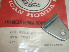 NOS! HONDA 82316-750-000 GRASS CATCHER TENSION RUBBER HOOK