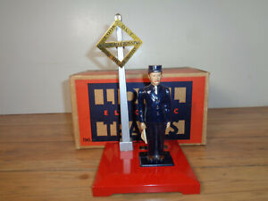 LIONEL # 1045 OPERATING WATCHMAN AND BOX